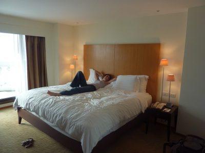 """Notre """"chambre"""" Au Lebua Hotel ! Ca C'est Du Lit !"""