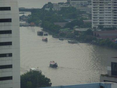 La Chao Phraya Depuis Notre Balcon