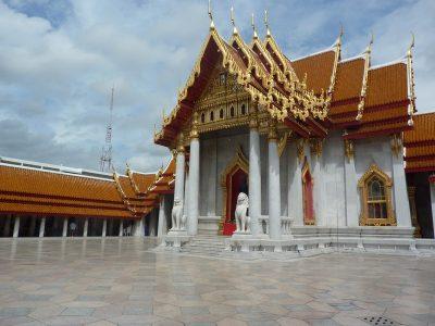 La cour du temple de marbre