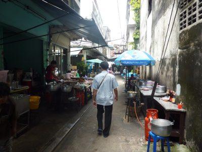 Dans Les Petites Ruelles De Bangkok