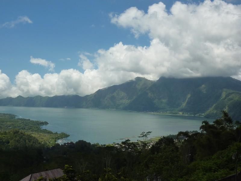 Le Lac Cratère De Mont Batur