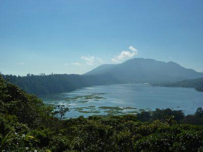 Les Lacs Autour De Bedugul