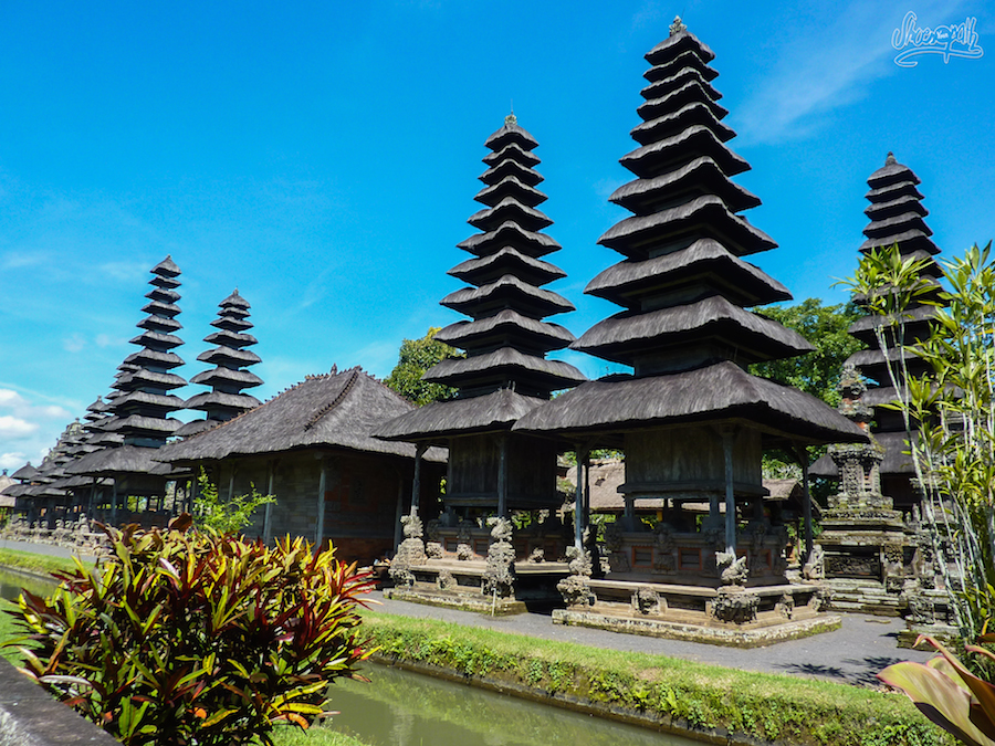 Temples Of Taman Ayun And Tanah Lot, And Tirta Gangga Water Palace