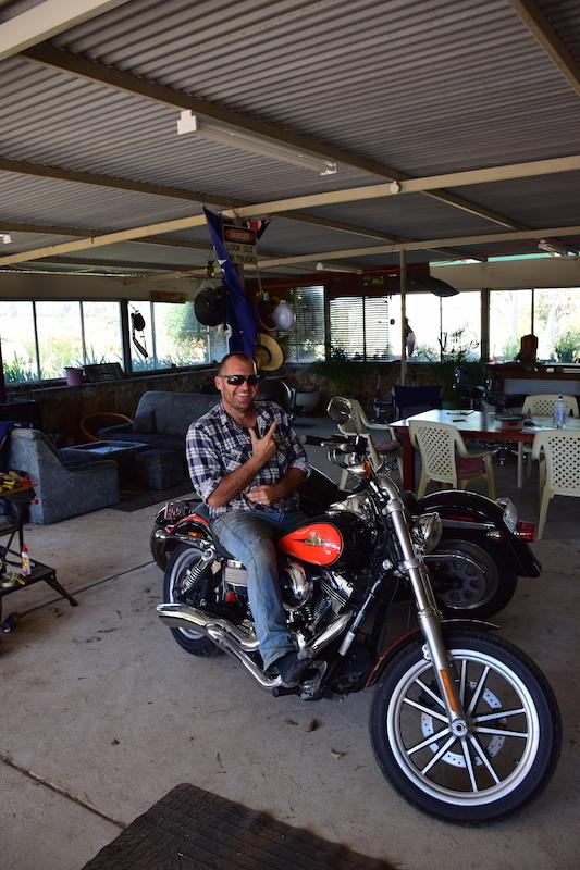Tony Sur Sa Harley