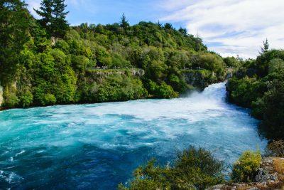 Huka Falls à Quelques Kilomètres De La Ville