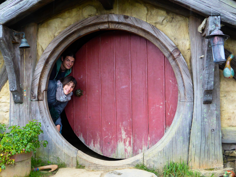 D part vers hamilton et hobbiton le village hobbit for Porte hobbit