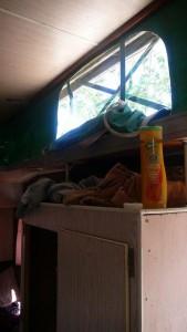 L'intérieur de la caravane que Sophie partage avec 4 autres backpackers