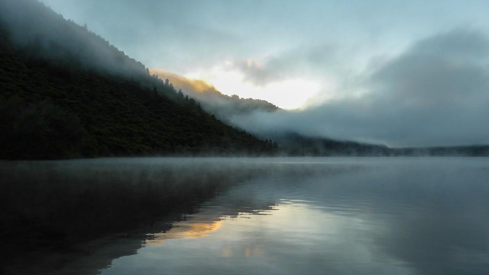 Lake Okareka au petit matin