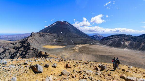 Seuls En Plein Coeur Du Tongariro, En Compagnie De La Montagne Du Destin, Mount Ngauruhoe