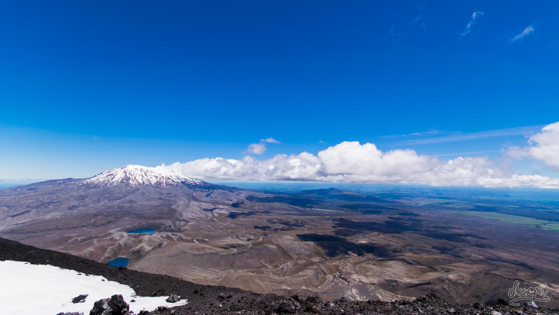 Le Mont Ruapehu, vu depuis le sommet du volcan Mount Ngauruhoe
