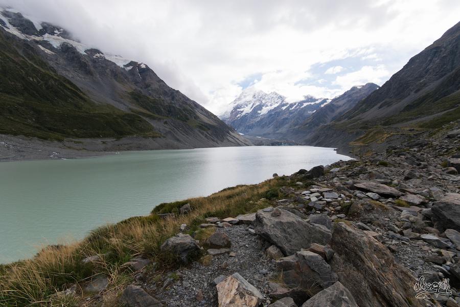 Le Hooker Lake au pied du Mont Cook