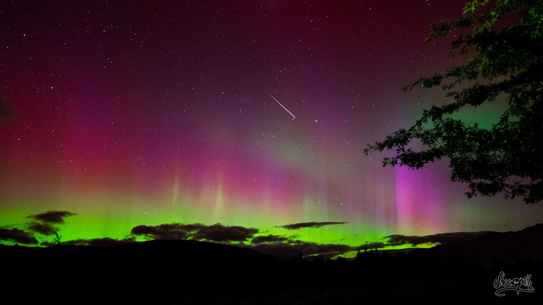 Magnifique spectacle que nous offre la nature cette nuit là à Wanaka. Notre première aurore australe !