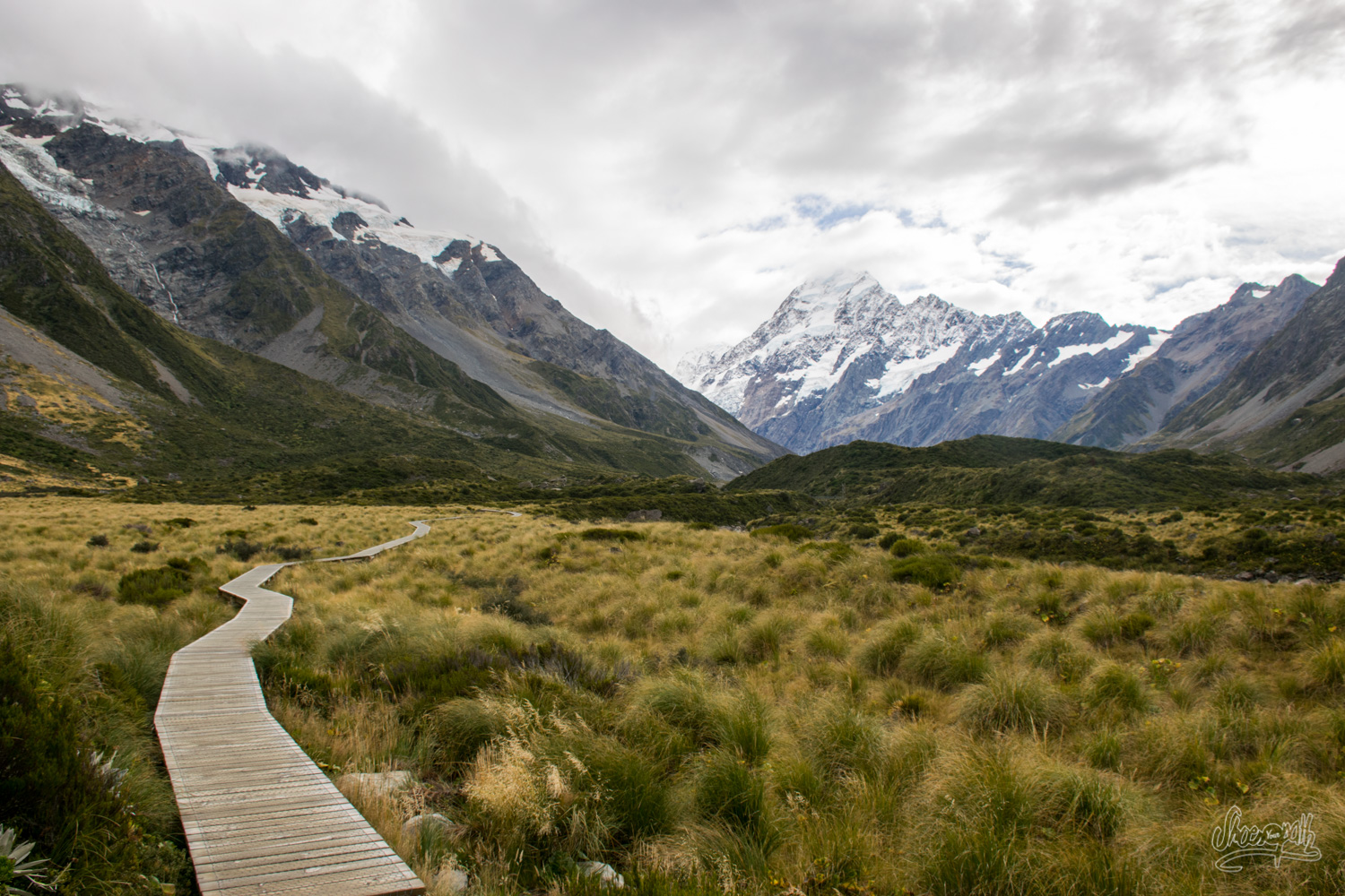 In the Hooker Valley, hiking to the base of Mont Cook