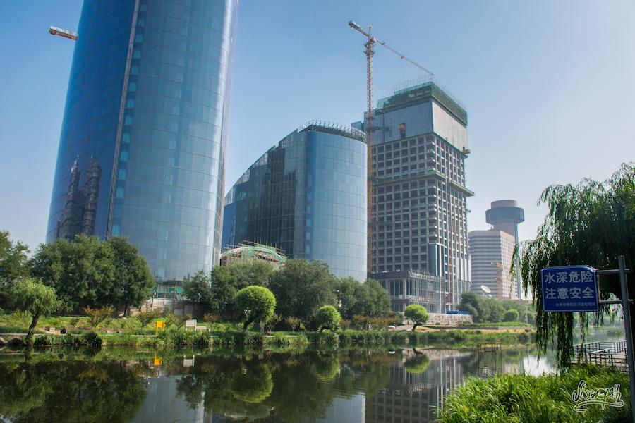 Un petit quartier de Pékin en cours de développement... (Photo par Mariette)