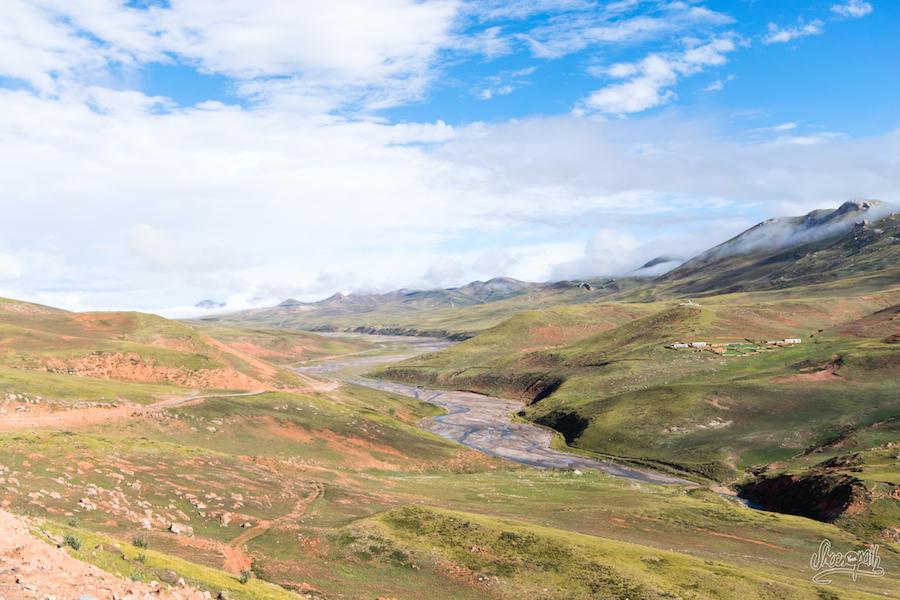 Une des vallées himalayenne traversées pour se rendre à Zaxiqiwa