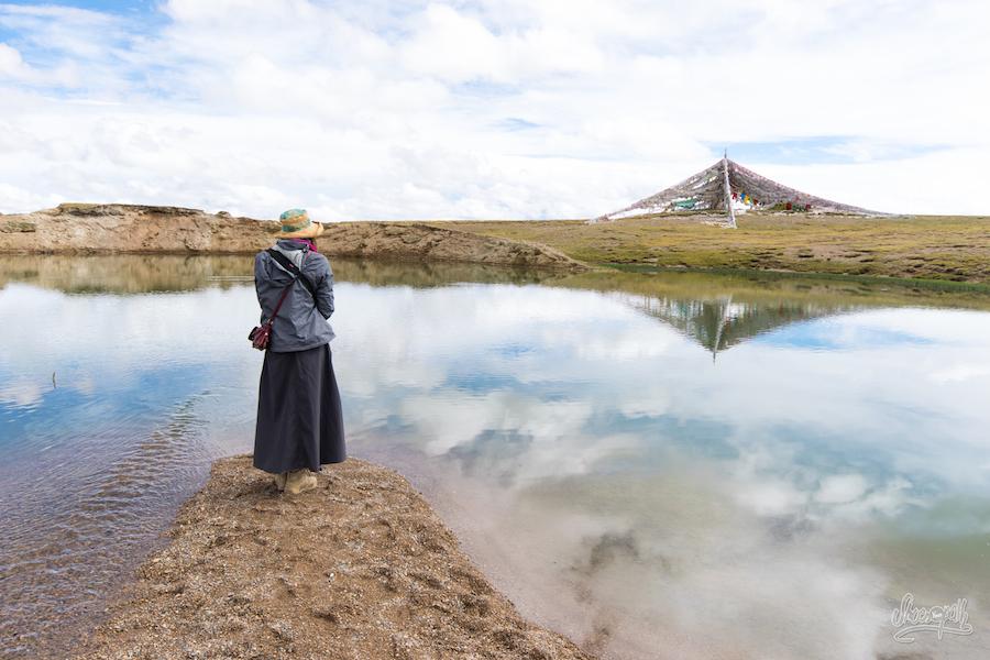 Silence, et receuillement devant la source sacrée de Zaxiqiwa