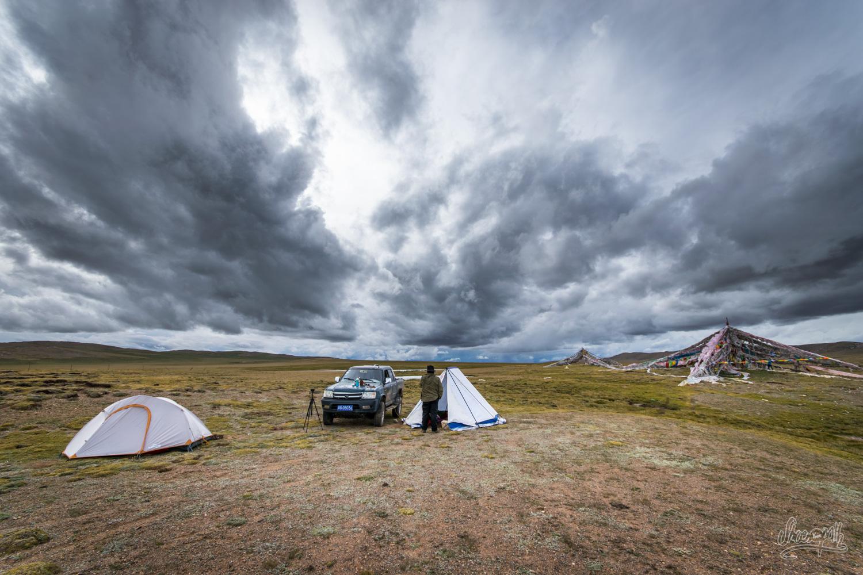 Notre Campement Dans Les Steppes De L'Himalaya