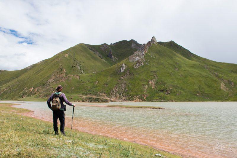 Sur Les Rives Du Mékong, Ici Appellé Za Qu, Non Loin De Zadoi