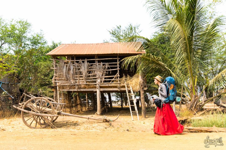 111 - Walking between Kratie and Kampong Cham, Cambodia