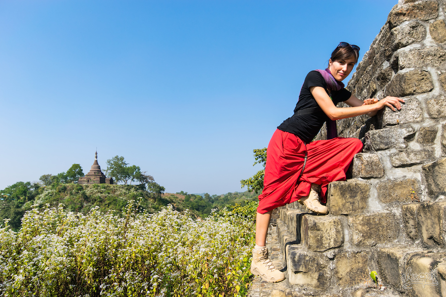 75 - Exploring old pagodas in Mrauk U