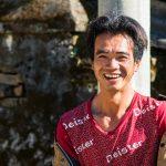 Un Jeune Homme Dans La Rue De Xiding