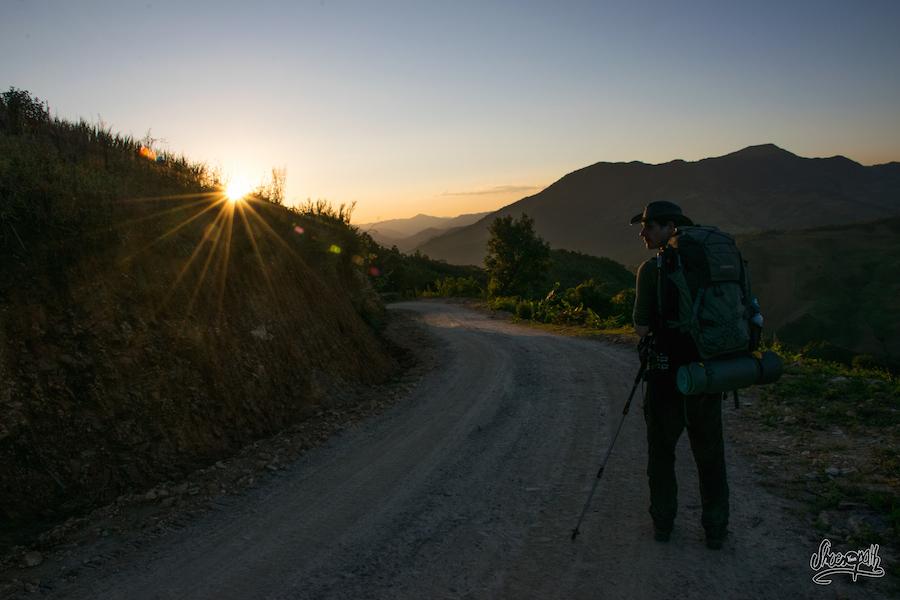 Quand le soleil sublime notre route