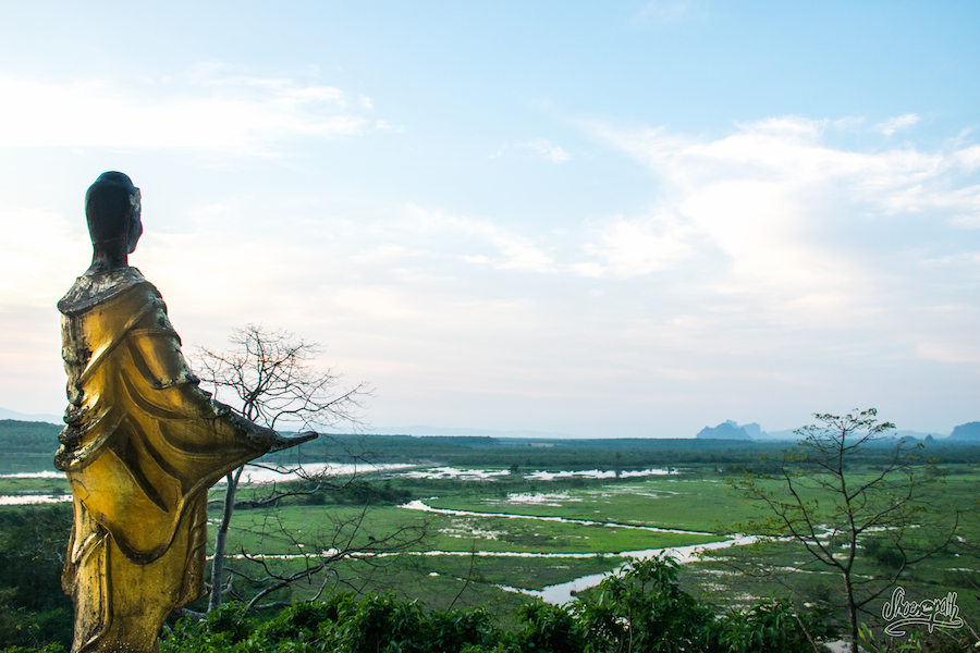 Sur les hauteurs de Bayin Nyi Cave