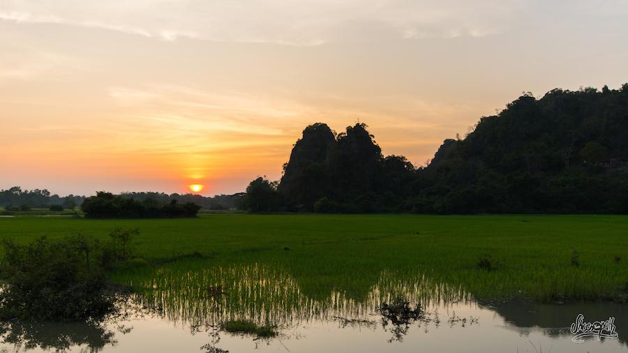 Premier Coucher De Soleil Au Myanmar, Plutôt Pas Mal Non ?