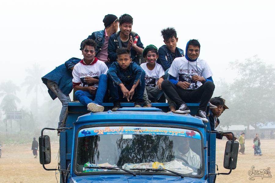 Un autre gang de jeunes à Mrauk U