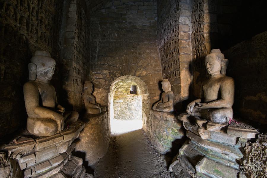 A l'intérieur de Koe Taung