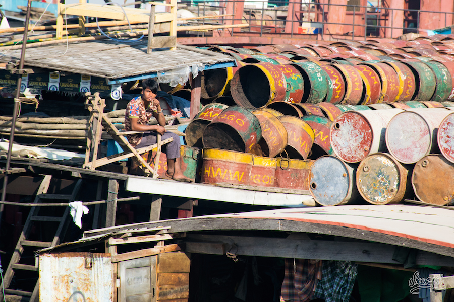 La Vie Sur Les Cargos à Mandalay
