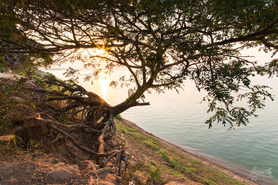 Coucher de soleil sur le Mékong, juste en face de chez Beau