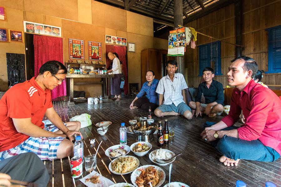 Nouvel An Chinois Dans Une Famille Khmer