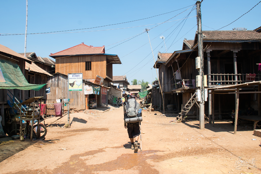 Un De Ces Villages Le Long Du Mékong