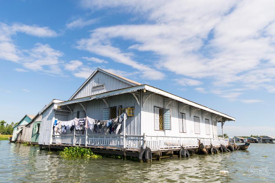 Jolie Maison Flottante à Chau Doc