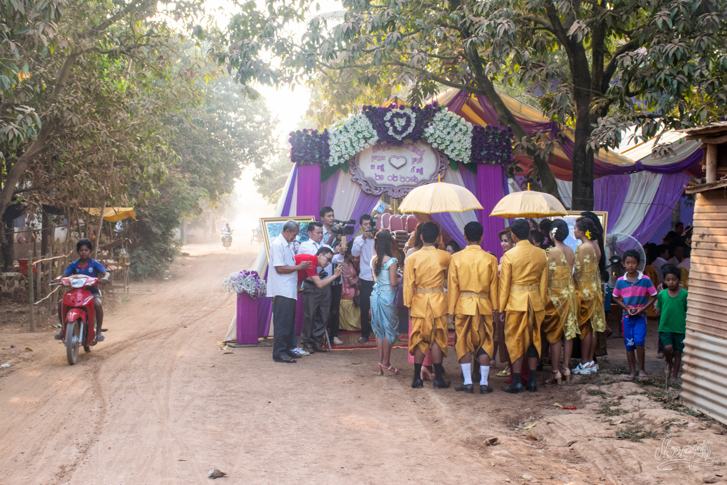One of the Khmer weddings we've seen on the road in Cambodia