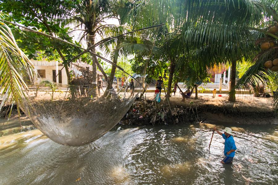 Scéance de pêche dans les canaux