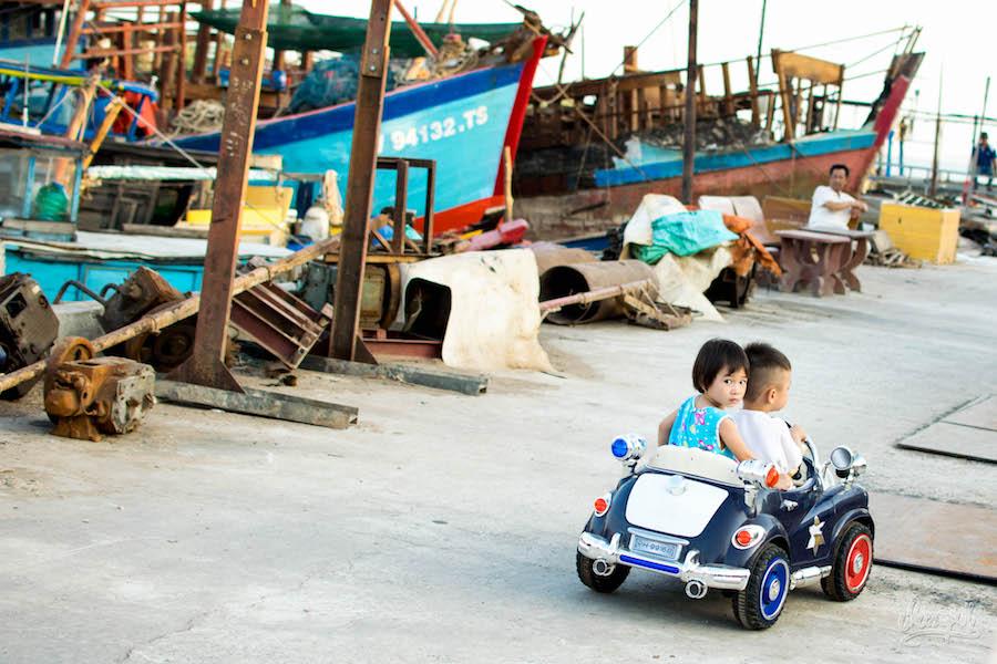 Balade Romantique Sur Le Port De Dinh Van