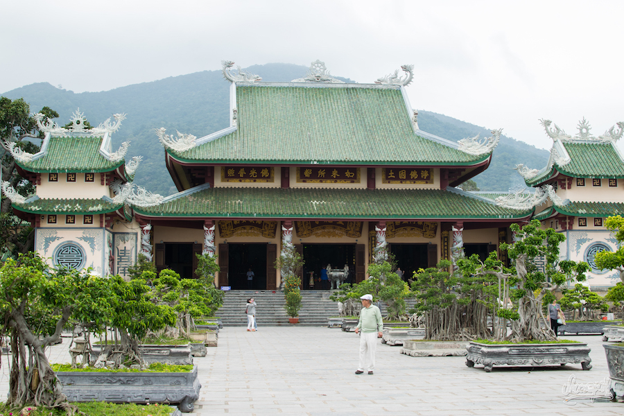 Le Temple De Lady Bouddha