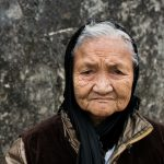 Une Mendiante Dans Les Environs D'Hoa Lu