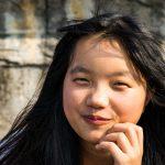 A Nam Dam, Les Jeunes Posent Sur Les Bords Du Lac