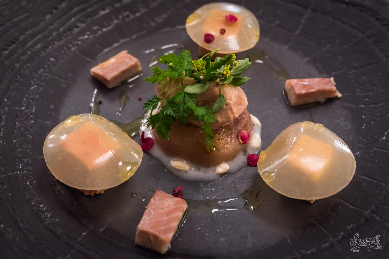 L'Anguille, au foie gras, pêche, riz à sushi