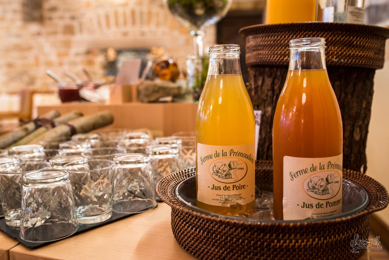 Petit déjeuner au Manoir du Lys à Bangoles-de-l'Orne