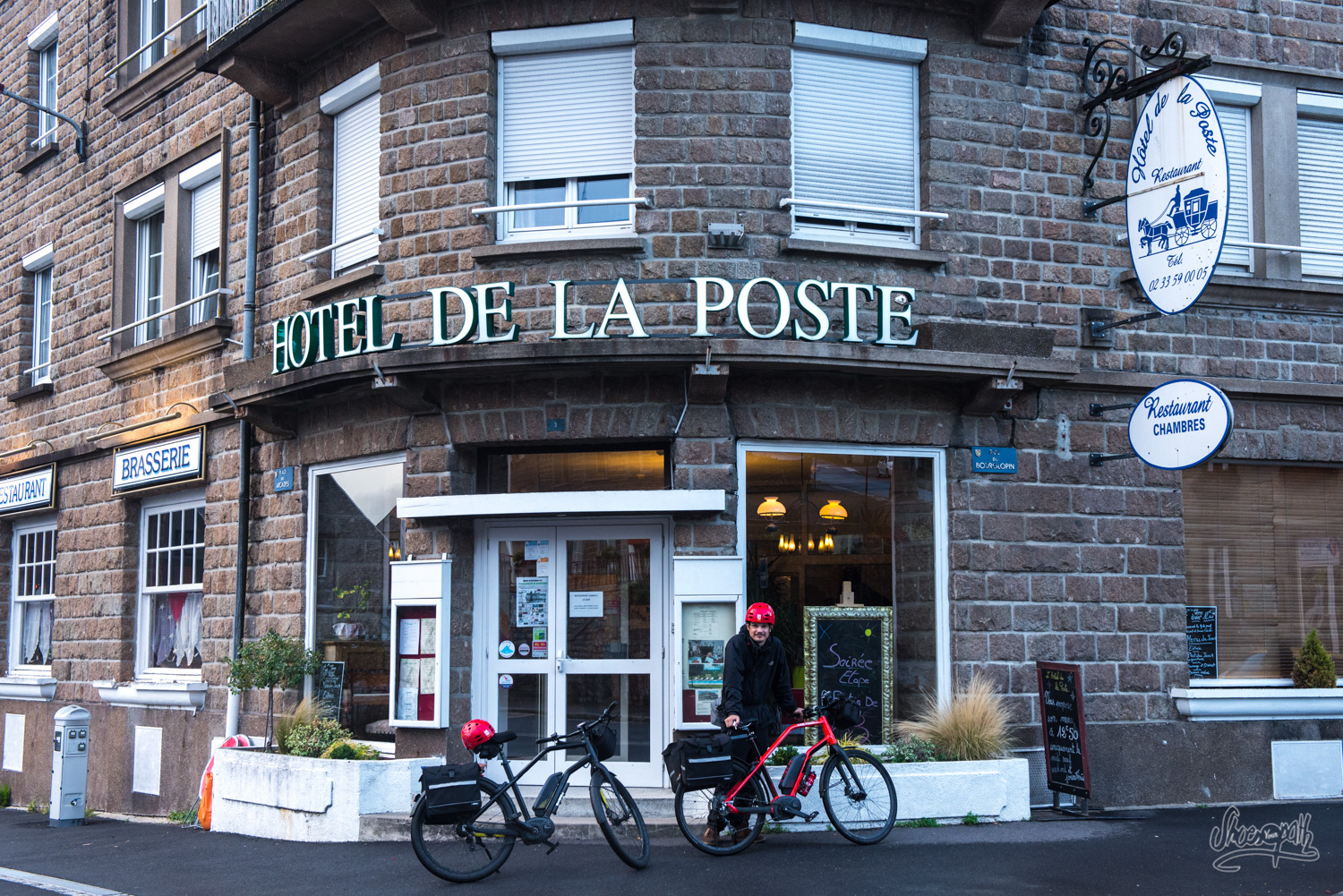 La Poste Le Poiré Sur Vie france - véloscénie : cycling throught normandy. from