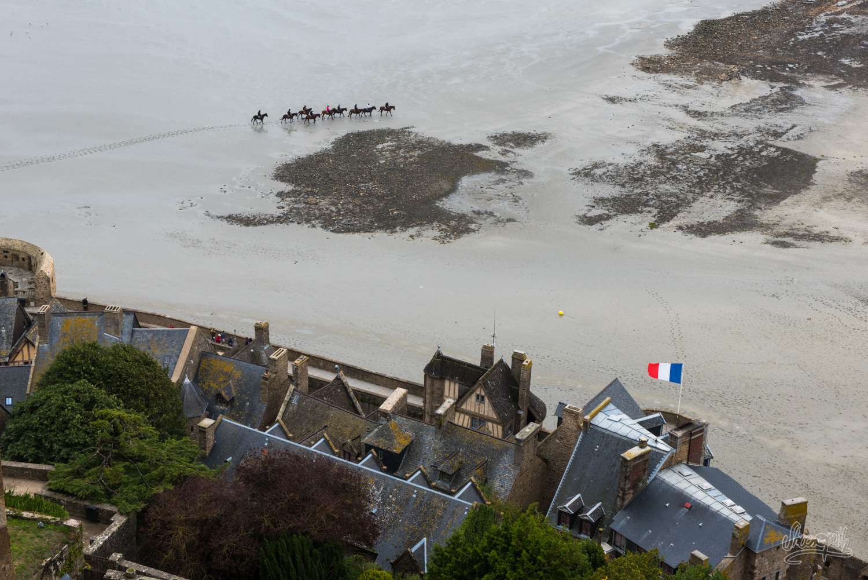 Traversée de la baie du Mont Saint-Michel à cheval