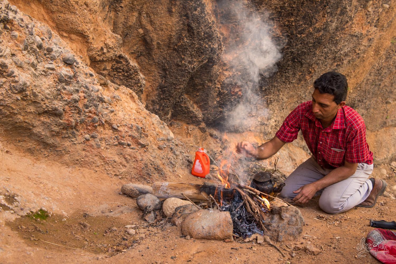 Pause thé dans les montagnes de Ghalat, Iran