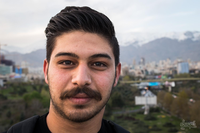 Iran - Portrait De La Jeunesse De Téhéran