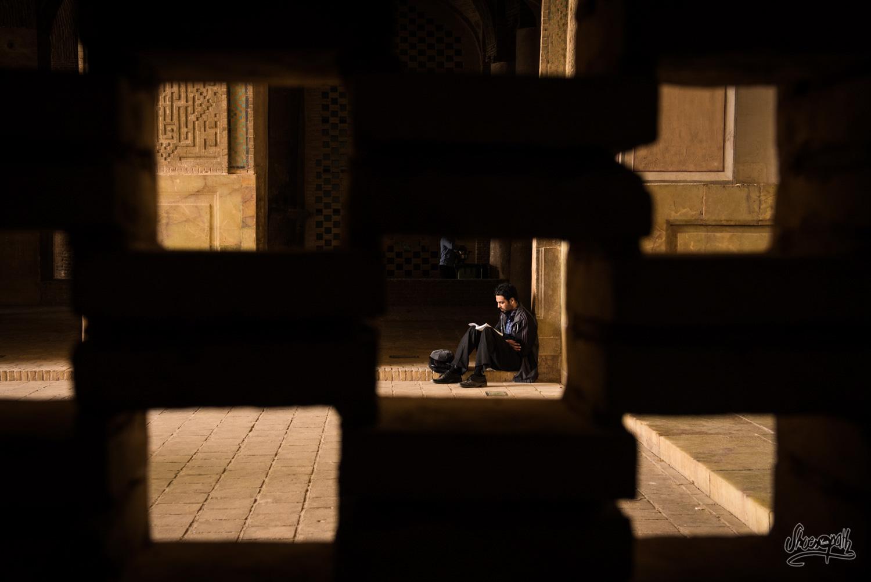 Lectures au calme de la Jameh mosque