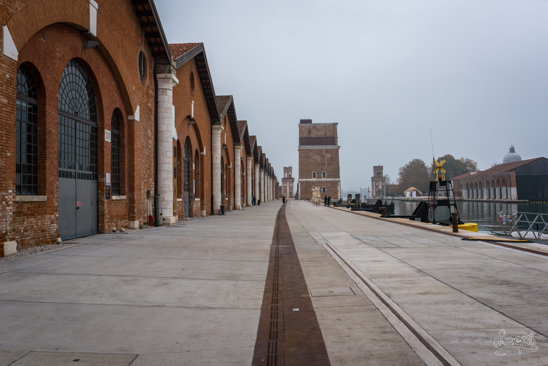 Sur les docks du port de l'Arsenale