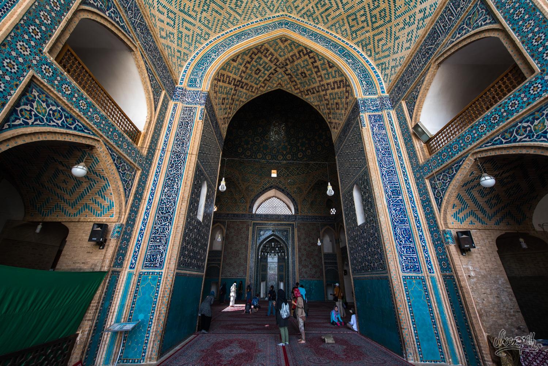 Le hall à prière de la Jameh mosque de Yazd